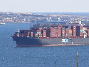 Dlaczego import nie bilansuje się z eksportem