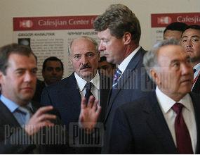 Aleksandr Łukaszenka, prezydent Białorusi, liczy na korzyści z unii celnej z Rosją i Kazachstanem. (CC By-NC-ND PanArmenian Photo)