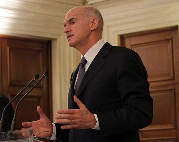 Jeorios Andreas Papandreu, premier zagrożonej bankructwem Grecji. (CC By-SA Πρωθυπουργός της Ελλάδας's)