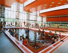 Polacy chętnie odwiedzają Hajduszoboszlo na Węgrzech, gdzie mogą korzystać z basenów termalnych. (Fot.: hungarospa.hu)