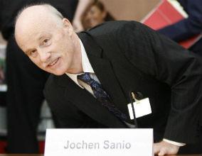 Jochen Sanio, szef BaFin, krytykuje europejski nadzór finansowy. (fot. PAP)