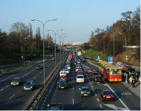 Francuzi, by rozładować zatory, postawili na płatne drogi. Może to pomysł także dla nas? (CC BY-SA urbanlegend)
