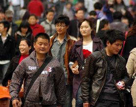 Chiny więcej kupują niż sprzedają