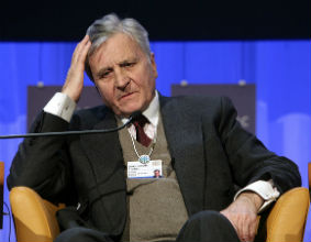 Europejski Bank Centralny, którym kieruje Jean Claude Trichet, zdecydował w niedzielę, że będzie kupował obligacje rządowe, by pomóc krajom w walce z kryzysem zadłużenia. (CC By-SA WEF)