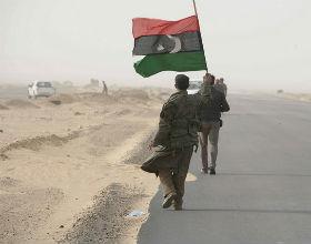 Libijscy rebelianci w okolicach miasta Bin Jawad, marzec 2011 r. (CC BY-NC-SA Nasser Nouri)