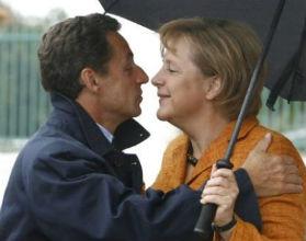 Angela Merkel i Nicolas Sarkozy od dawna próbują stworzyć zgrany tandem, ale raczej z konieczności niż czystej sympatii. (CC BY-SA Chesi-Fotos CC)