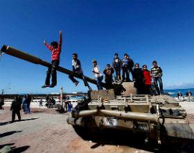 Jak się wstawia nogę do Libii