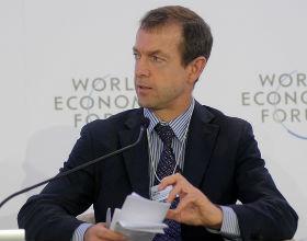 Daniel Gros, szef Centre for European Policy Studies uważa, że główny filar całego projektu - schemat uzbezpieczania strat na obligacjach - nie zadziała (CC BY-SA World Economic Forum)