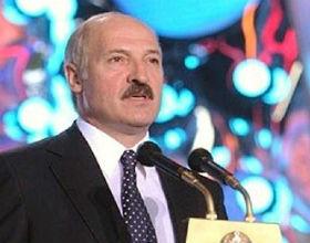 W wyniku wielokrotnie wprowadzanych regulacji na rynku walutowym, władze Białorusi, na czele z Aleksandrem Łukaszenką, same wywołały panikę. (CC BY-NC-ND Expo Socialism)