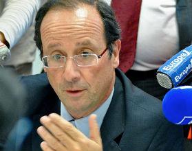 Hollande sprzyja Polsce bardziej niż Sarkozy
