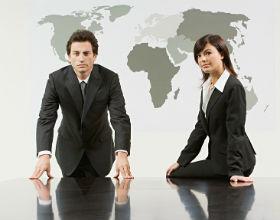 Z czasem giełdy lepiej oceniają kobiety niż mężczyzn w zarządach