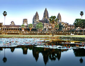 Angkor Wat przyciąga do Kambodży coraz więcej turystów. (CC By-NC-SA ImageMD)