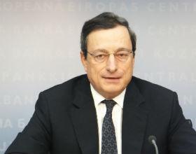 EBC luzuje politykę, obniża zabezpieczenia kredytów, by zasilić banki