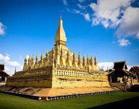 Kontrowersyjna stupa Pha That Luang stała się symbolem stolicy Laosu (CC By-NC-SA el_floz)