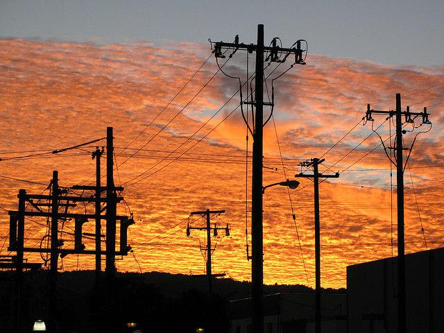 W 2011r. URE przyjął plany rozwoju sieci energetycznej na lata 2012 - 2015.