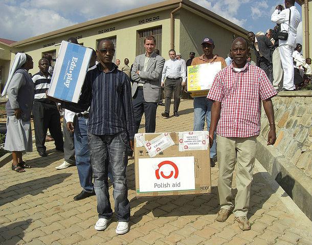 Otwarcie ośrodka dla niewidomych dzieci w Kibeho, zbudowanego dzięki programowi Polskiej Pomocy. CC BY-ND PolandMFA