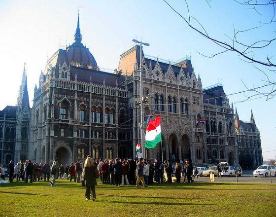 Gospodarka węgierska sterowana coraz bardziej ręcznie