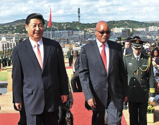 Xi Jinping, prezydent Chin z wizytą u prezydenta RPA Jacoba Zumy. (CC By ND GovernmentZA)