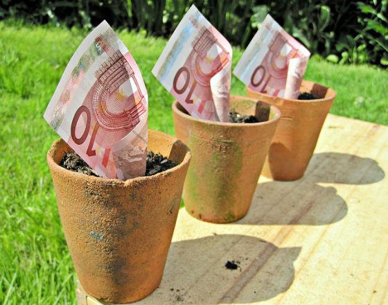 CRD IV oznacza, że banki w UE będą musiały pozyskać więcej kapitału. Jak? (CC By images of Money)