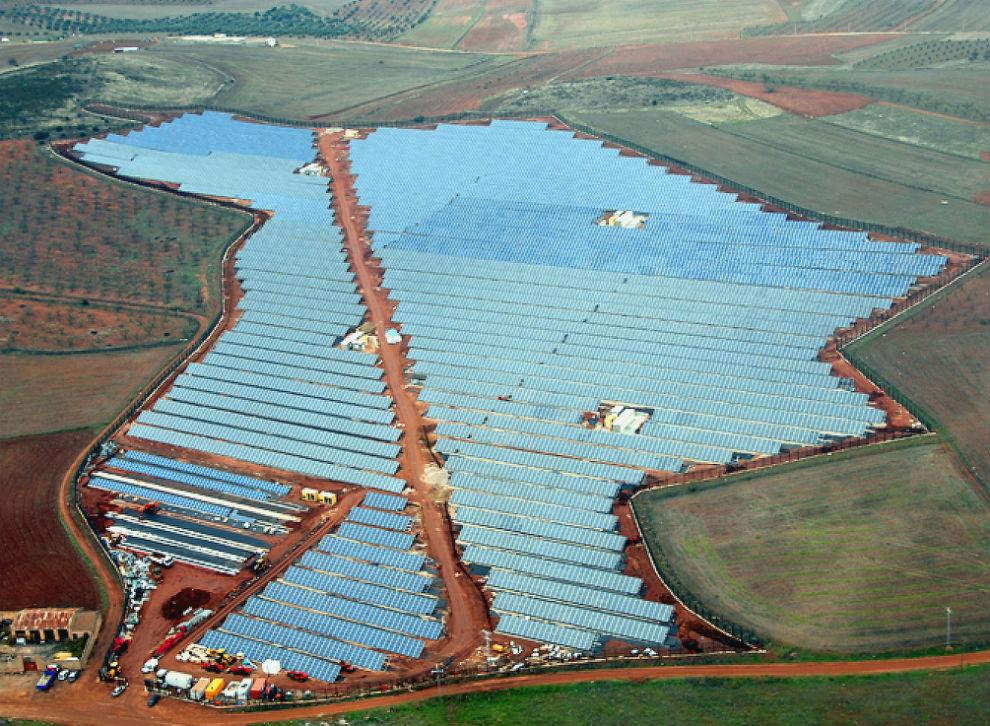 Ogniwo słoneczne w łańcuchu protekcjonizmu