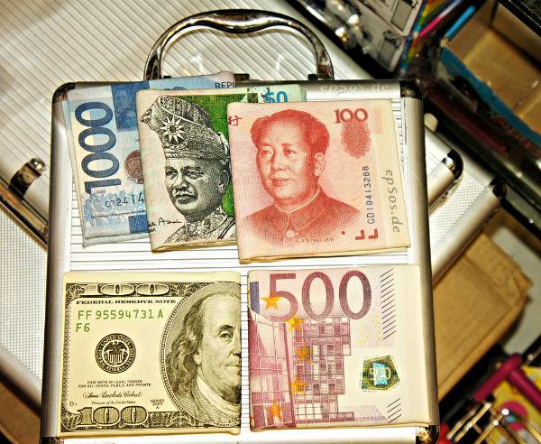 Liderów do reform systemu walutowego trzeba szukać w krajach, jak Chiny i Indie