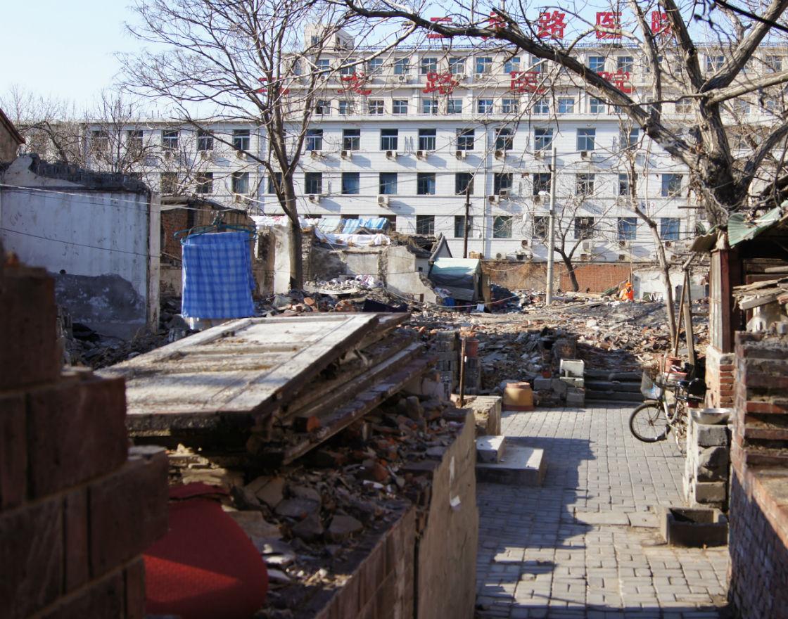 Stare budowle w miastach idą pod młotek, bo zajmują zbyt cenne nieruchomości. (fot. A.Kaliński)
