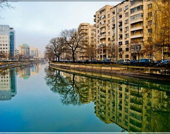 Bucharest (CC By NC SA Dima Andrei)