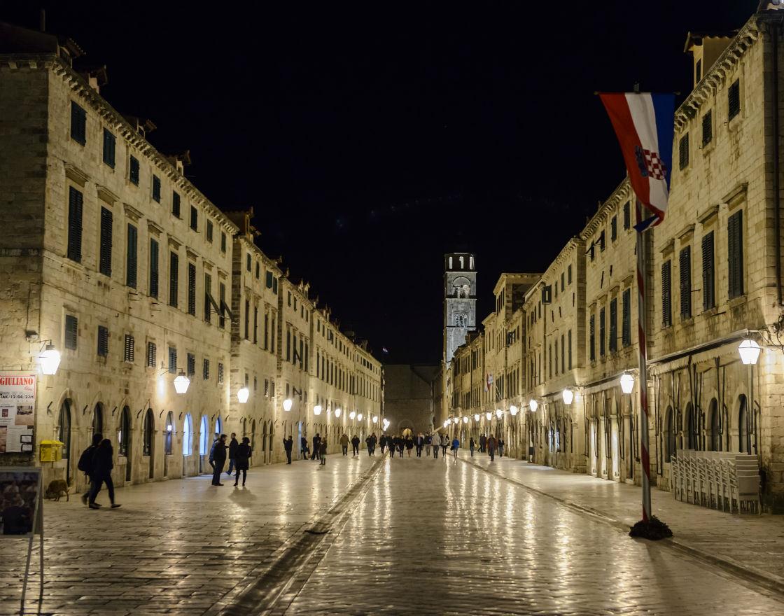 Chorwacja oddłuża obywateli, stagnacja ma się dobrze