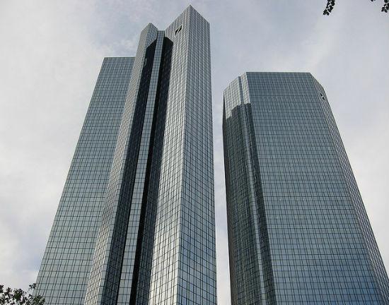 Niereformowalny Deutsche Bank
