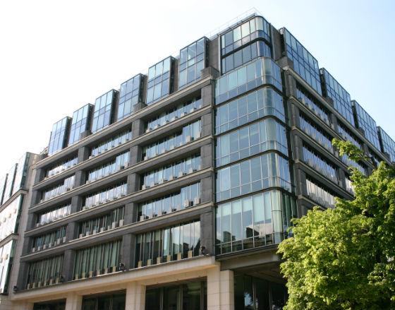 Obligacje za 7,6 mld zł wyemitowały na Catalyst firmy i samorządy w 2014 r.