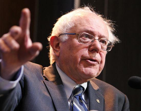 Bernie Sanders jak Mussolini