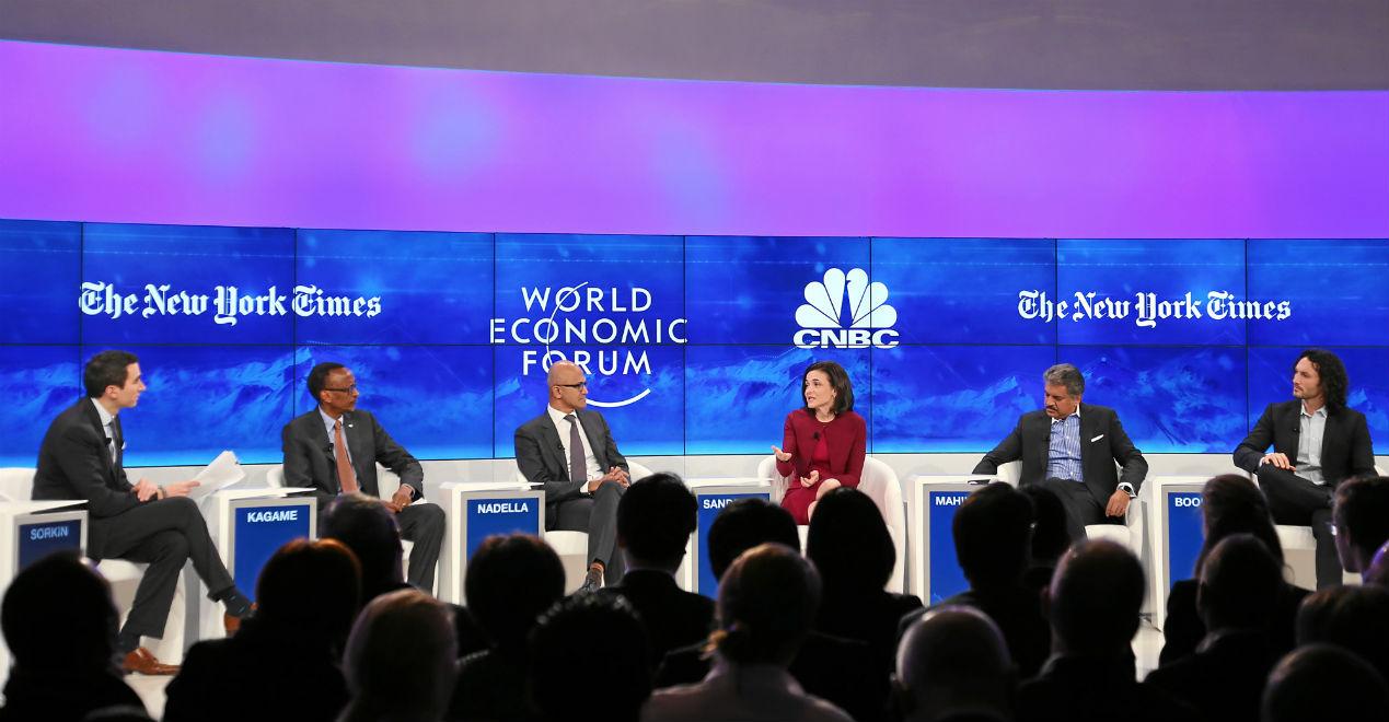 Davos: Nowa rewolucja zwiększy, a nie zmniejszy liczbę miejsc pracy
