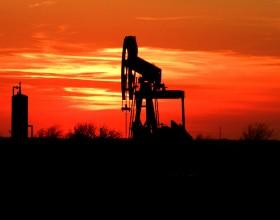 W USA ropa już tańsza niż woda mineralna