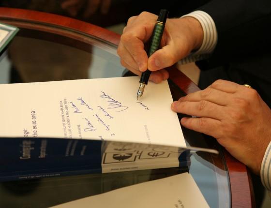 Specjalna dedykacja prof. Marka Belki dla zwycięzcy I edycji konkursu Obserwatora Finansowego