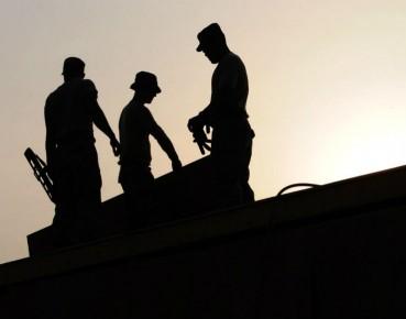 Wzrosła liczba pracujących w budownictwie. (fot. CC0 skeeze)