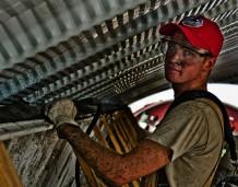 Rynek pracy w rozwiniętych krajach powoli się odbudowuje