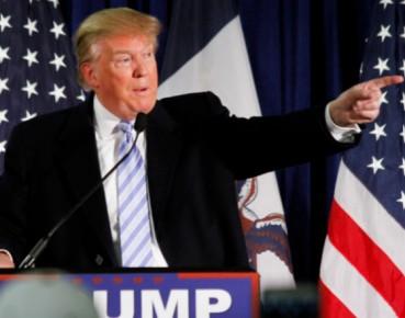 Donald Trump na wiecu wyborczym. (CC BY Max Goldberg)