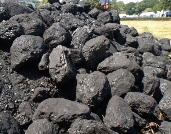 Rząd skazuje Ukrainę na węgiel od okupantów