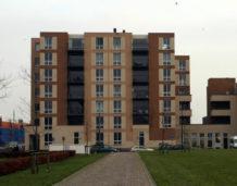 Polacy zamieniają gotówkę na mieszkania