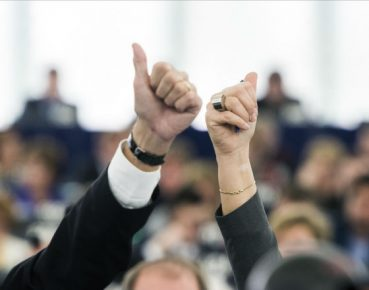 gender rece rownosc (CC BY-NC-ND 2.0 European Parliament)