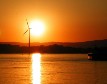 energia wiatr slonce CC By NC ND Stefan Gara