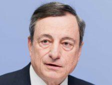 Draghi: Inflacja pozostaje niska, zmienność na rynku wymaga monitorowania