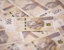Analiza: W III kw. oszczędności gospodarstw wzrosły o 23,9 mld złotych