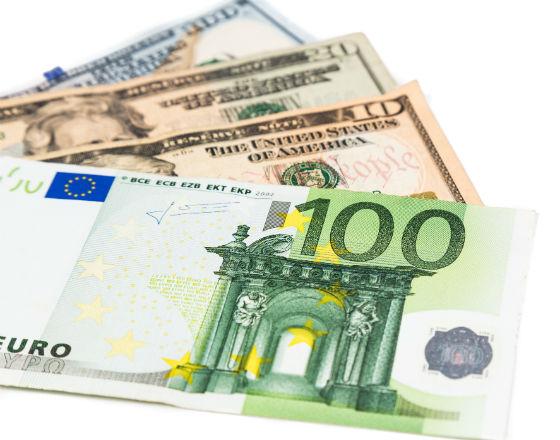 Euro w ofensywie