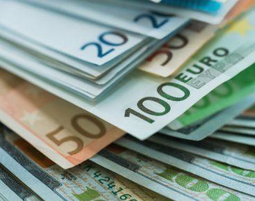 Rola euro i dolara w polskiej gospodarce