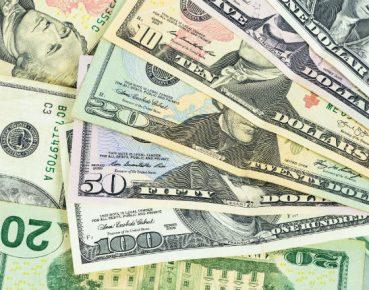 W Jackson Hole o przyszłości polityki pieniężnej_Dolar_photodune_envato