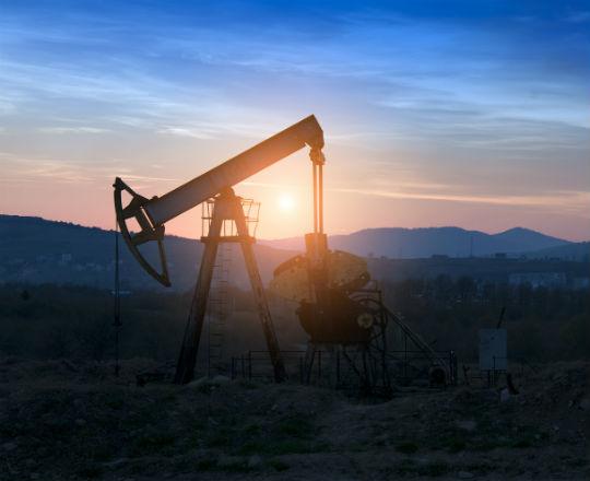 Peak oil, którego ciągle nie ma i zielone moce na Księżycu
