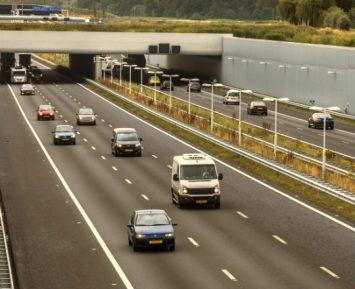 Rośnie emisja CO2 z samochodów osobowych w Europie