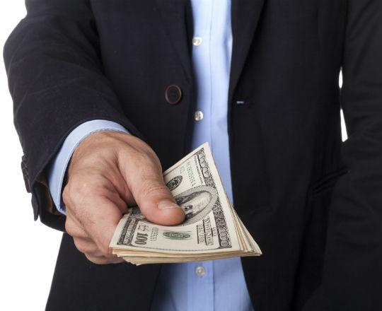 Powszechny dochód podstawowy – idea nie warta zachodu