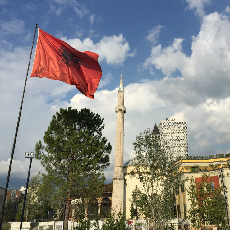 Liberalization of the Albanian trade is not enough to affect its structure